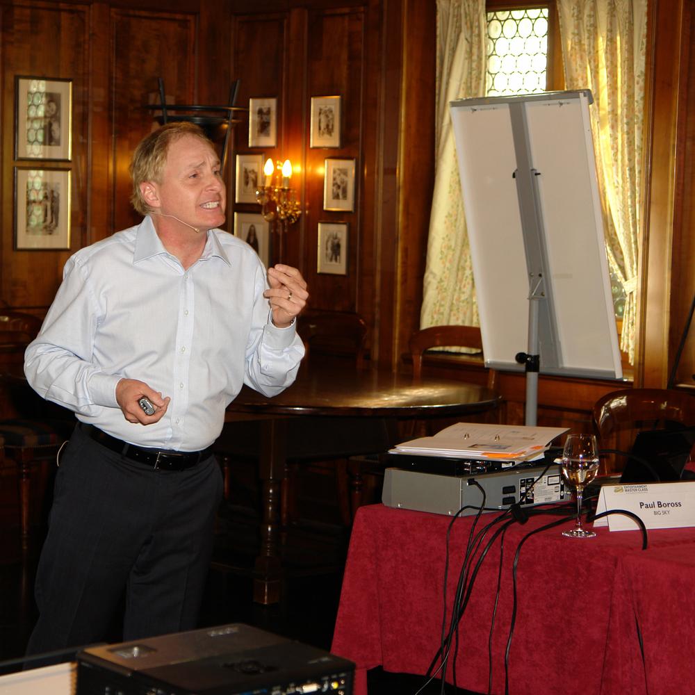 Pitch master sq EMC Paul Boross presenting 01